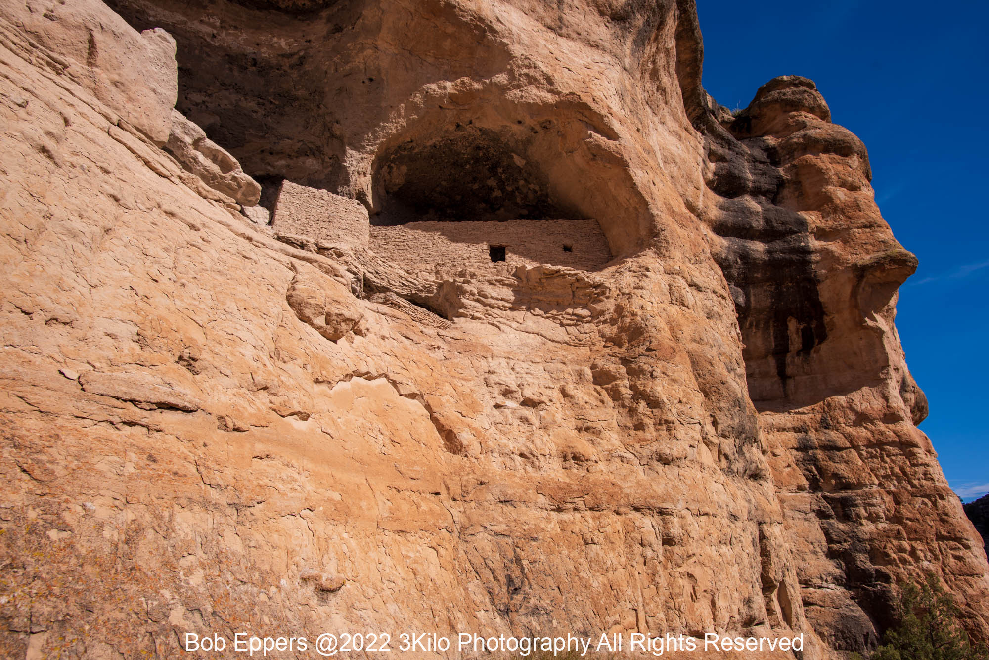 Photo of the Gila River Cliff Dwelling.