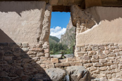 Photo of window to the mountains in Ollantaytambo, Peru