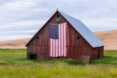 Photo of the Flag Barn in the Palouse