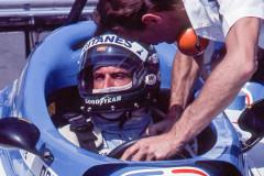 Photo of F1 Ligier with driver Jacques Laffite. 1977 F1 LBGP